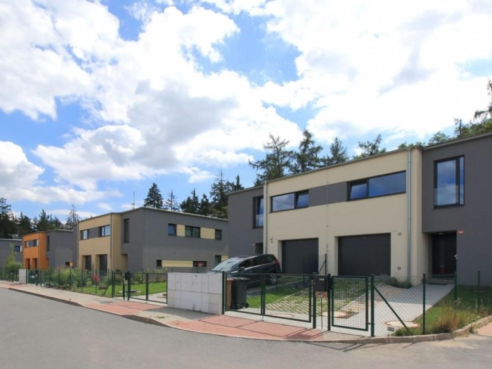 Nízkoenergetické domu u Klánovického lesa